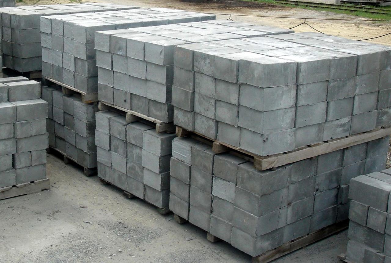 будинки з бетонних блоків